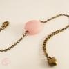 bracelet fin pour femme avec une pierre rose