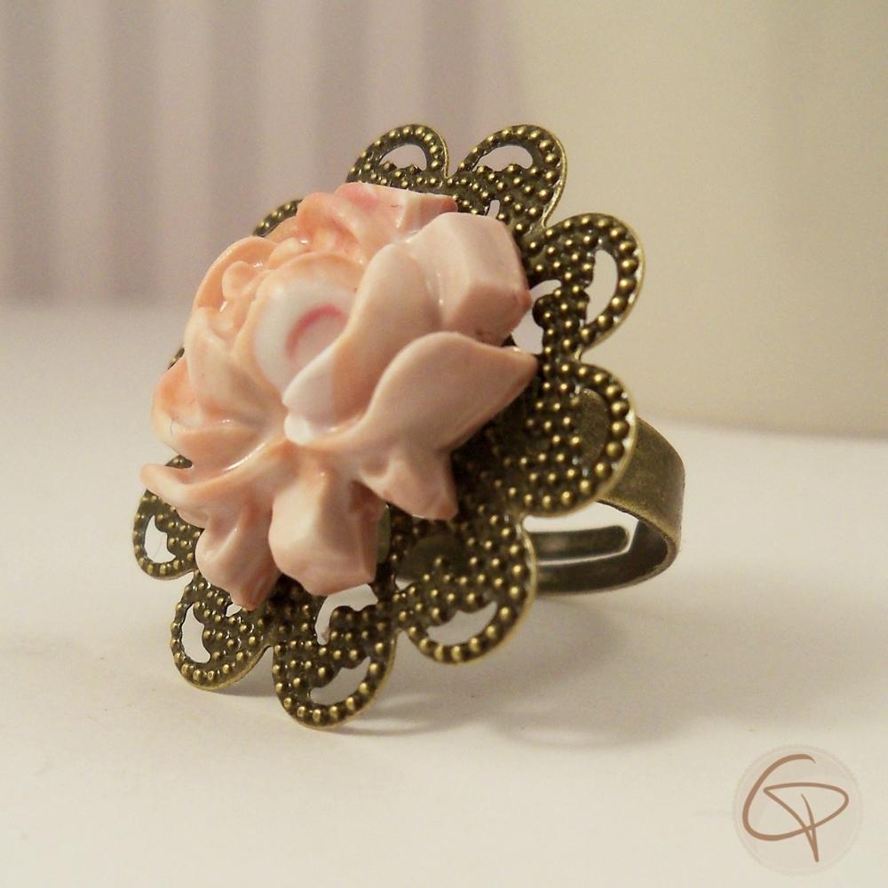 Bague style Vintage Fleur rose