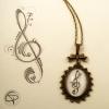 sautoir clef de sol en pendentif bijou avec dessin de créateur