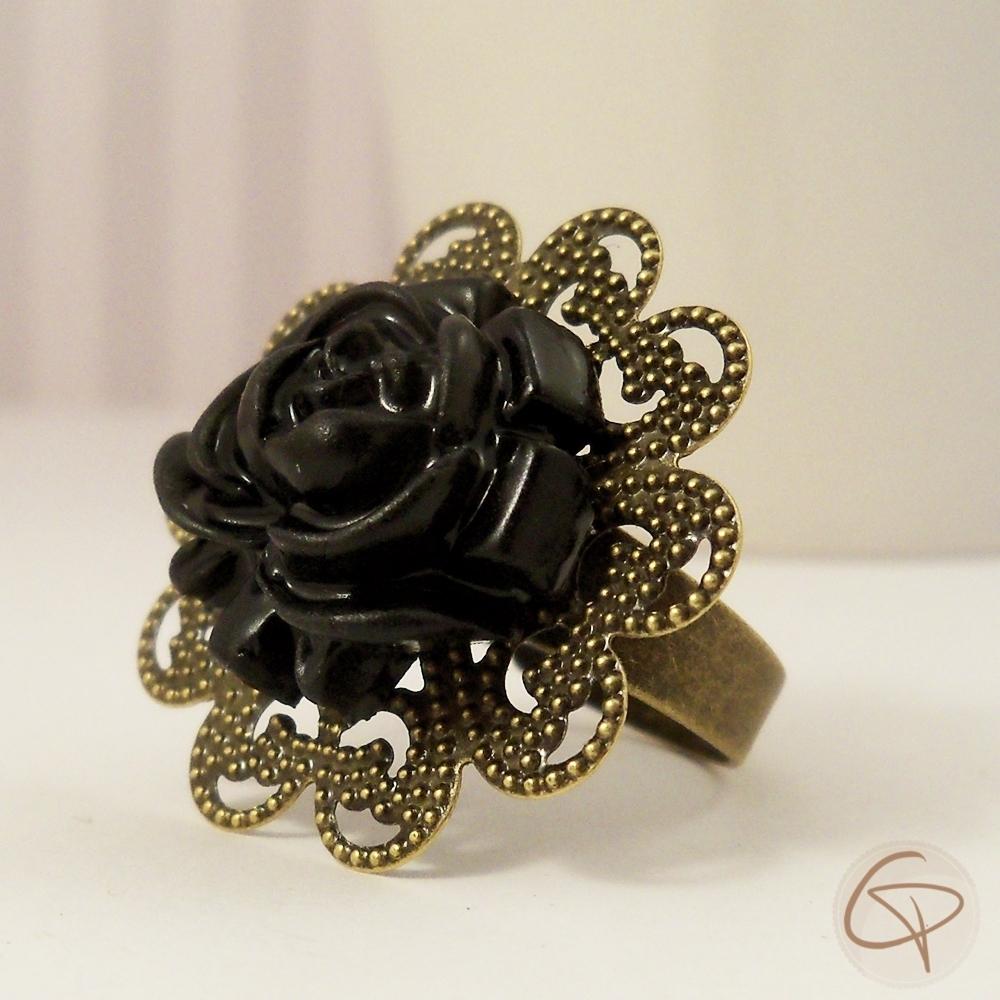 bague fantaisie fleur. Black Bedroom Furniture Sets. Home Design Ideas