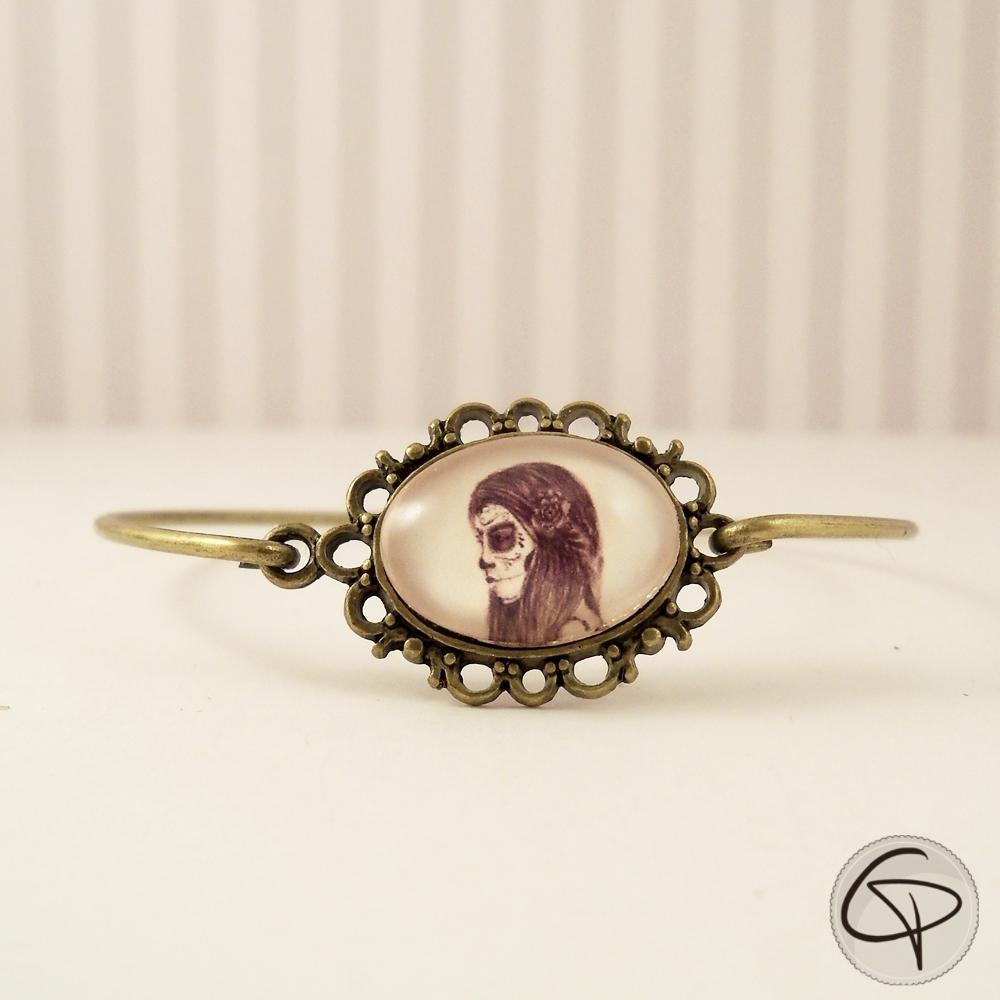 Bracelet femme catrina médaillon métal bronze fin halloween