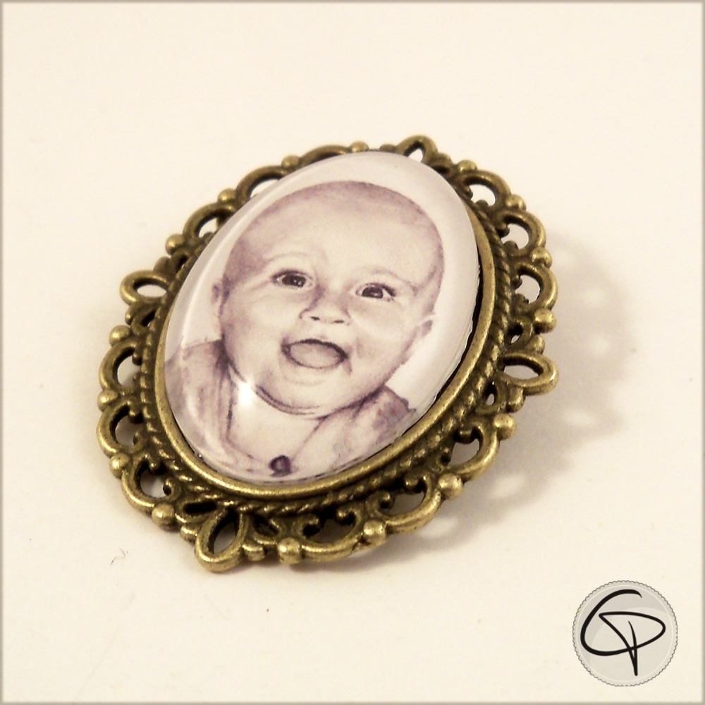 Broche Portrait