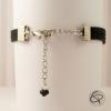 Bracelet suédine noire chaîne et breloque en métal argenté
