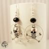 boucles d'oreilles femme tête de mort os en croix perles noires cristal