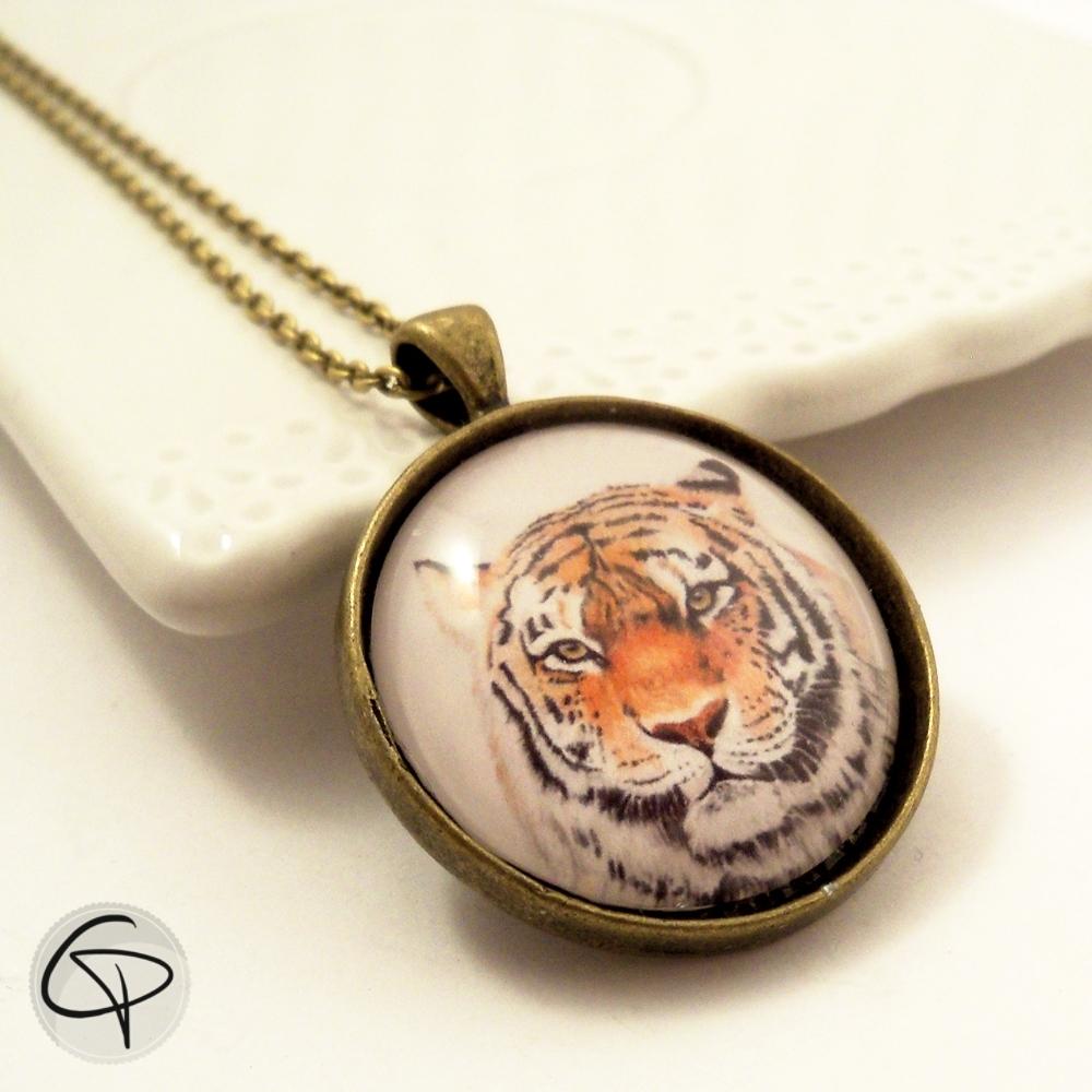 médaillon tigre en pendentif sautoir bronze pour femme