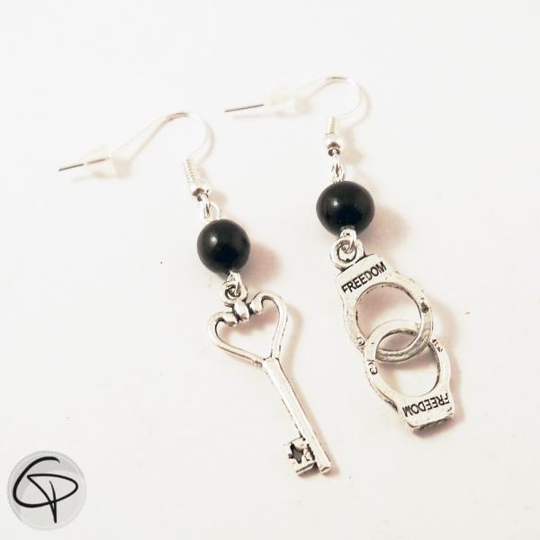 Boucles d'oreilles pour femme Menottes et Clé