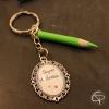 Porte-clé crayon vert cadeau maîtresse d'école