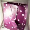 Grand paquet cadeau violet