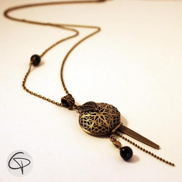 Sautoir bronze médaillon