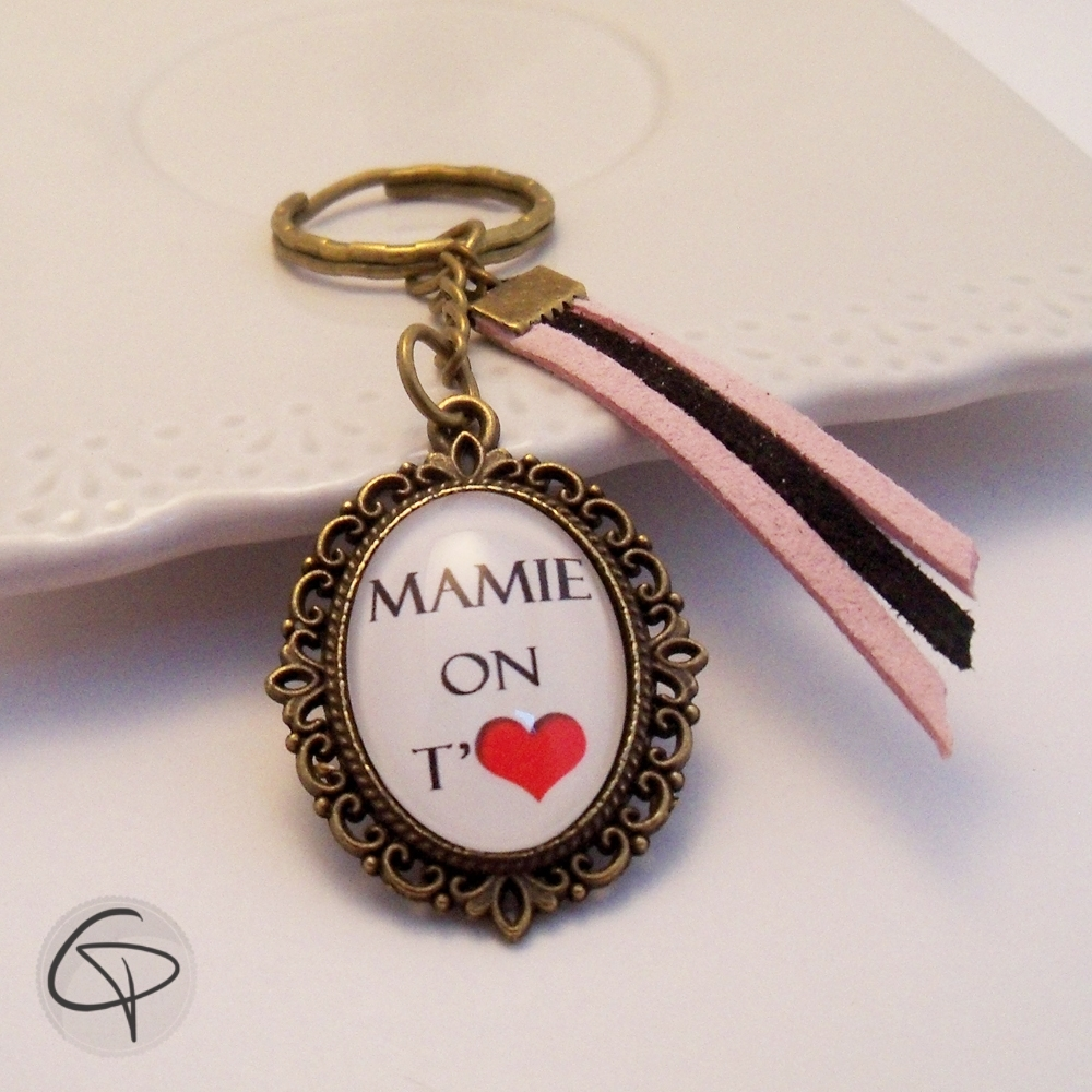 porte-clef personnalisé mamie on t'aime cadeau original grand-mère
