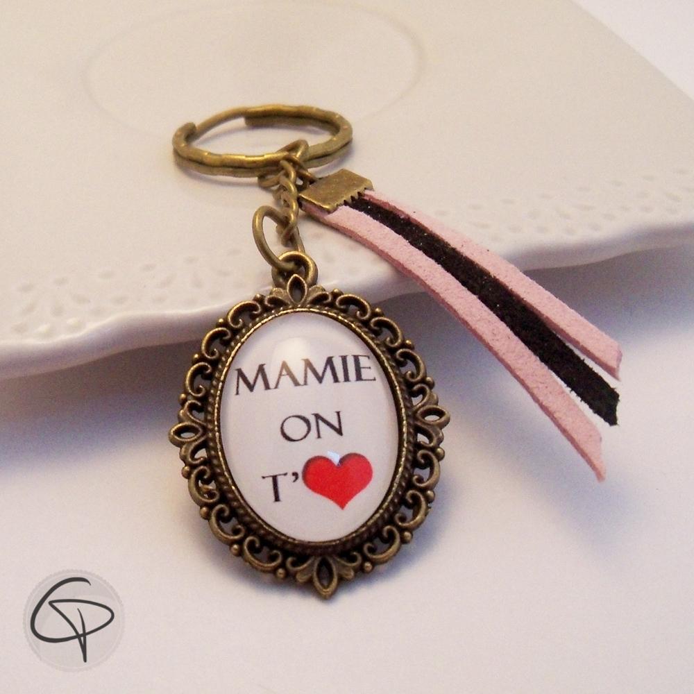 Porte cl personnalis mamie on t 39 aime cadeau original grand m re - Cadeau grand mere personnalise ...