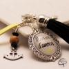 Porte-clef de sac maman d'amour cadeau original et personnalisé pompon noir ancre bateau
