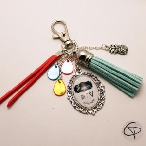 Porte-clé pour sac rubans bleu ciel cadeau original personnalisé maman on t'aime