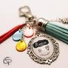 Porte-clef de sac à main pompon bleu ciel cadeau original personnalisé maman on t'aime