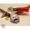 Cadeau original personnalisable bijou fait main porte-clef pour sac maman pompon vermillon
