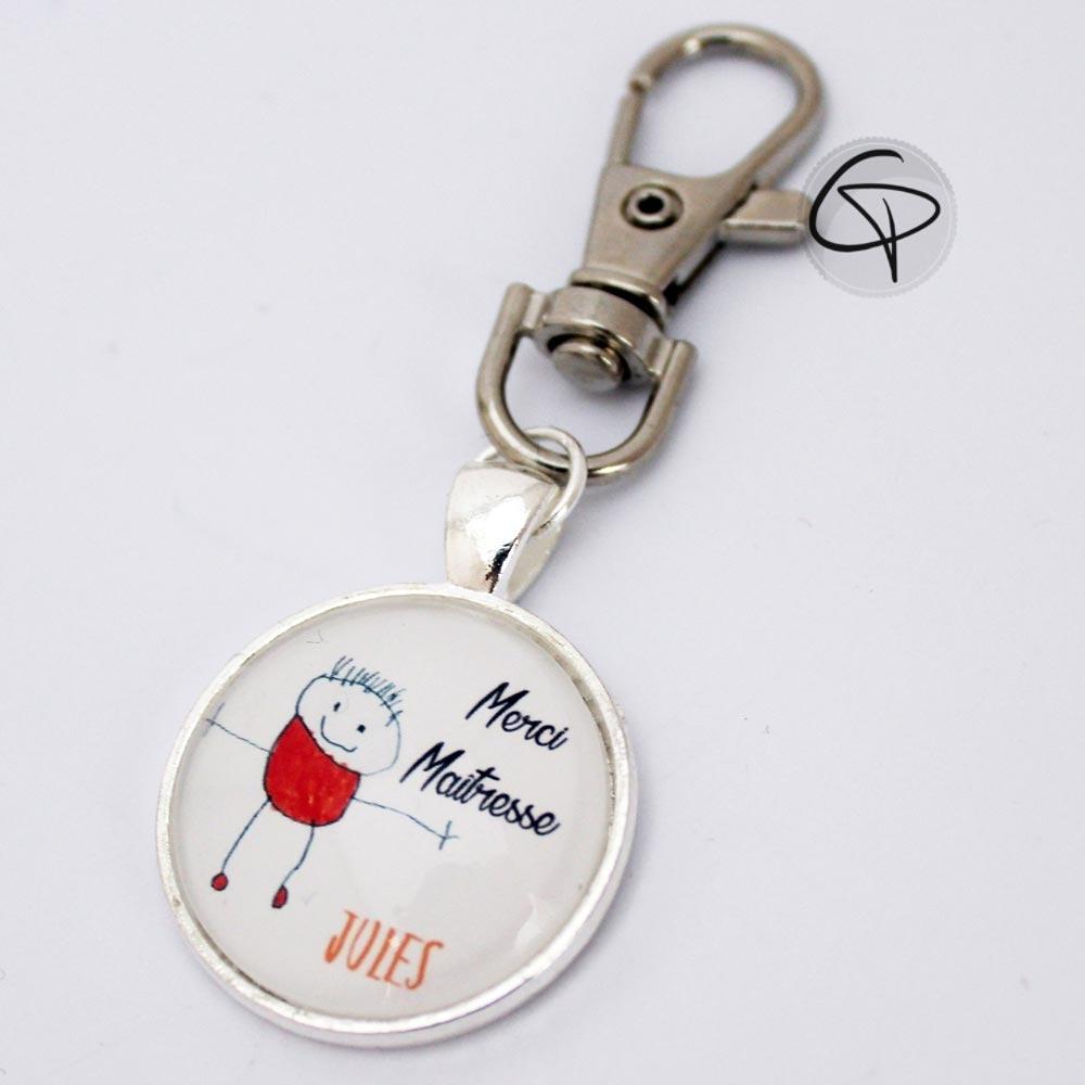 Porte-clef dessin d'enfant en médaillon