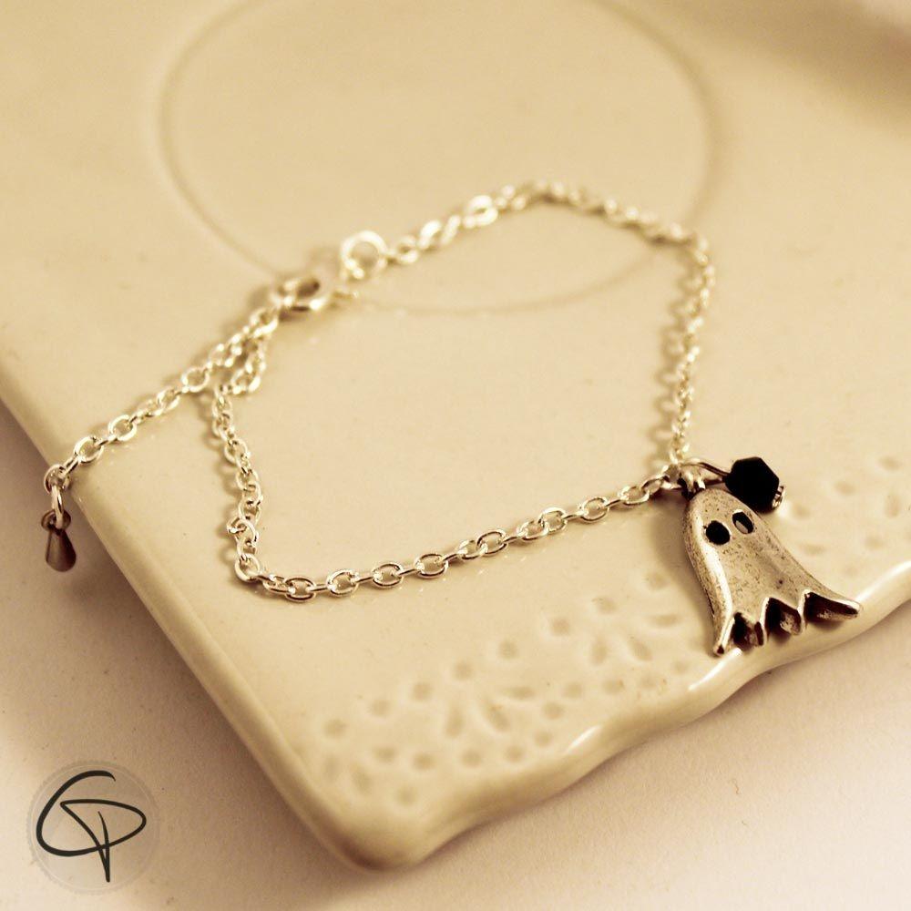 Bracelet argenté fine chaîne breloque mignon fantôme bijou femme délicat