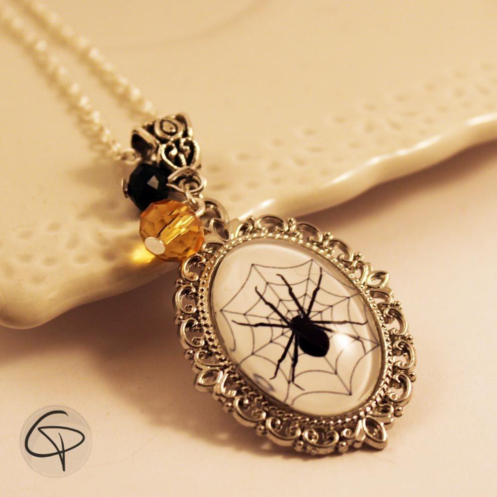 pendentif sautoir médaillon araignée monte bijou femme halloween