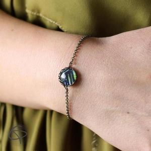 bracelet tropical médaillon avec dessin feuilles de palmier aquarelle