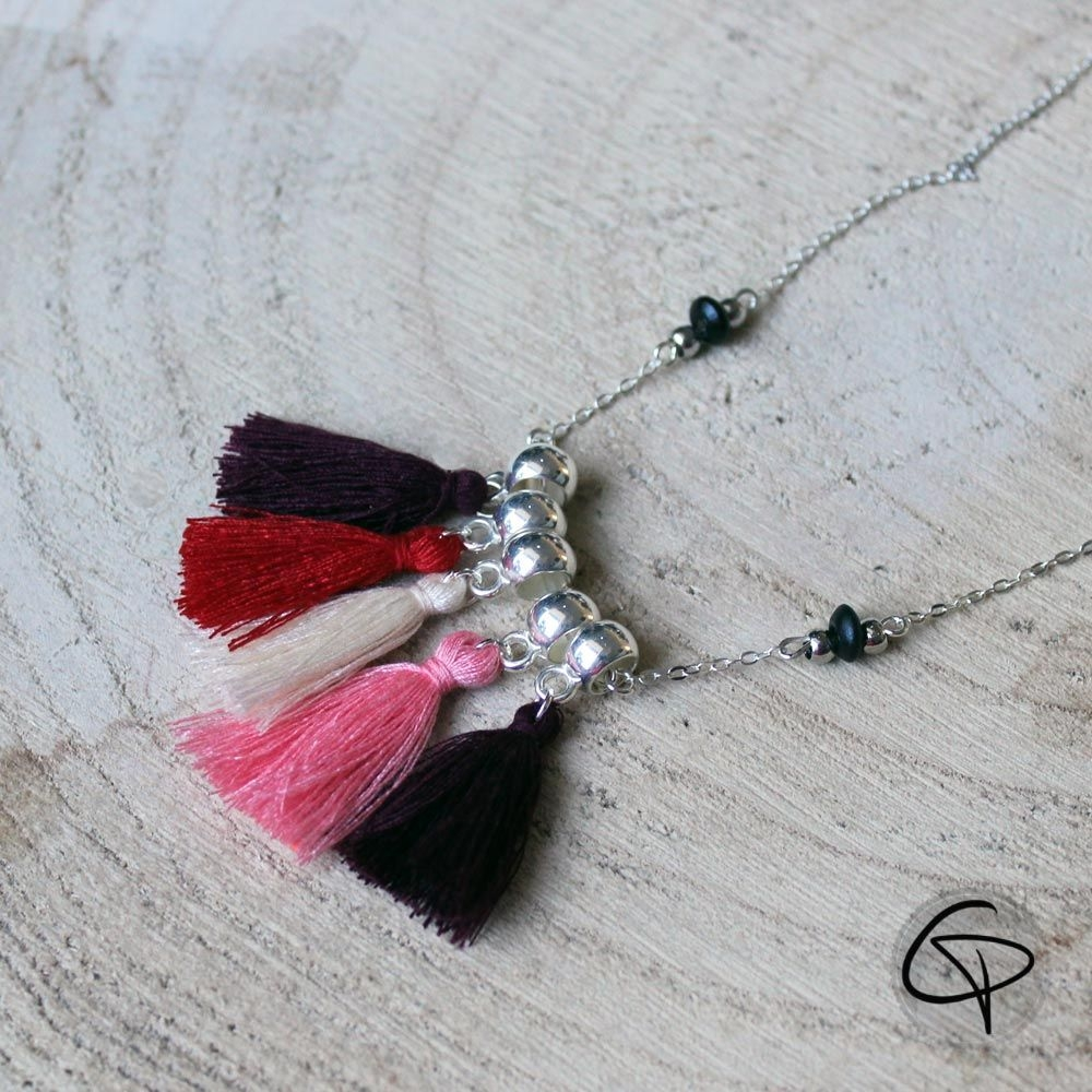 Collier Amy pompons chat pristy