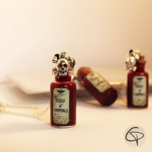 Sautoir halloween fiole pendentif faux vrai sang vampire bijou femme