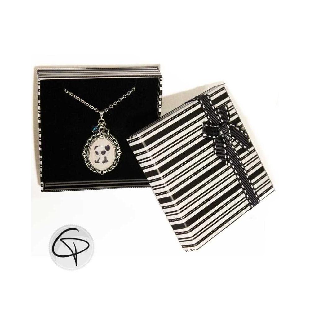 collier dessin panda en médaillon cadeau original femme