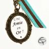 Porte-clef personnalisé une amie en or rubans bleu marron