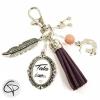 porte-clé de sac à main pompon violet cadeau original pour tata