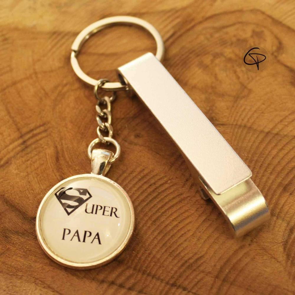 porte clef d capsuleur ouvre bouteille original pour un super papa. Black Bedroom Furniture Sets. Home Design Ideas