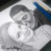 Gros plan portrait crayon couple amoureux à partir d'une photographie cadeau original et personnalisé fait main par Chat Pristy