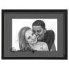 Portrait crayon couple amoureux à partir d'une photographie cadeau original et personnalisé mis sous cadre encadré gris