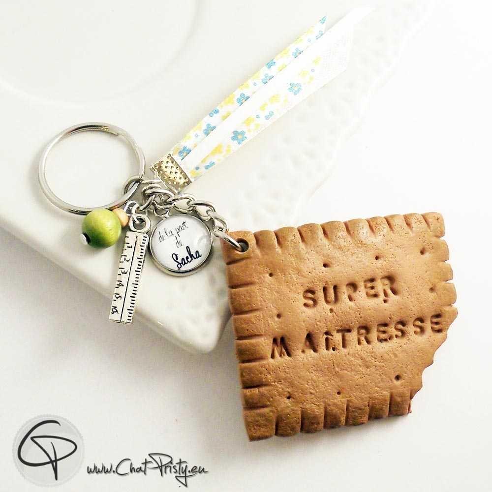 2-Porte-clé biscuit croqué maîtresse cadeau personnalisable institutrice