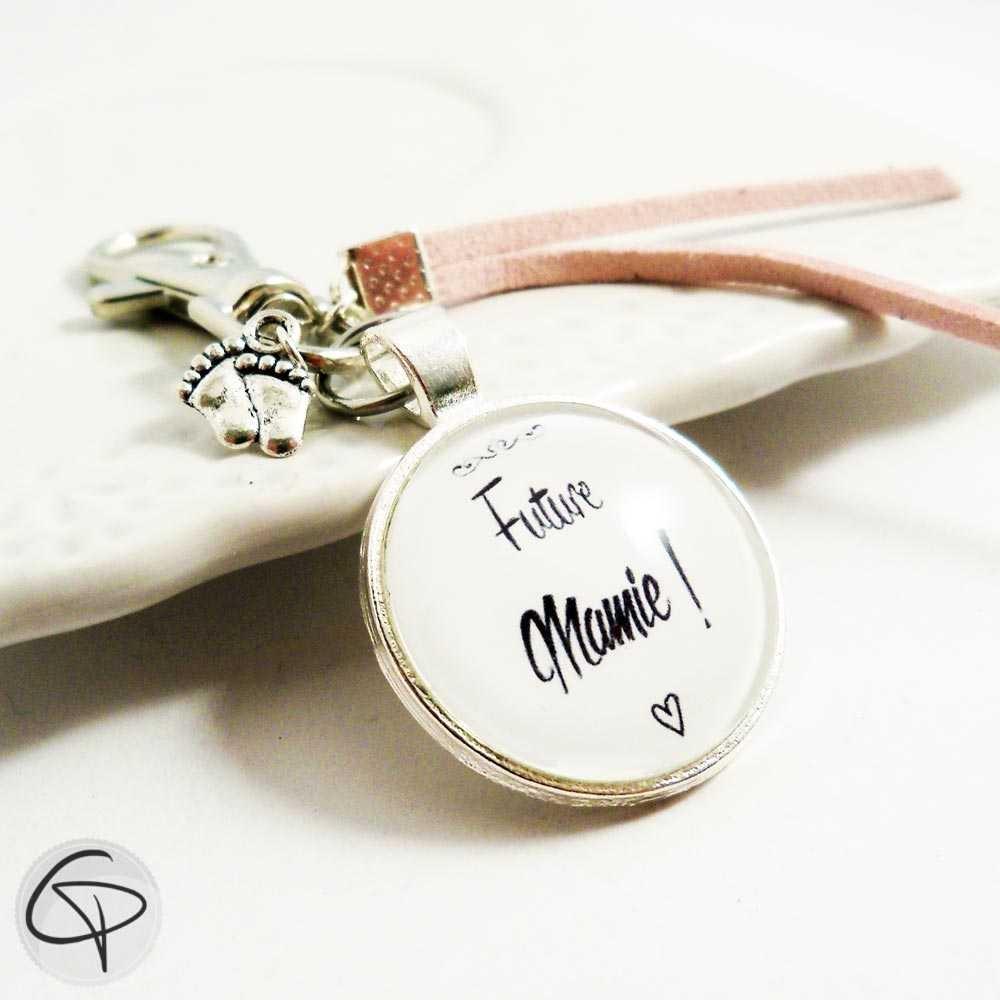 Porte-clé annonce futur mamie porte-clef personnalisé cadeau grand-mère annonce originale de grossesse