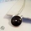 collier argenté médaillon tête de chat noir moustache blanche bijou femme
