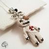 pendentif poupée vaudou bijou créateur femme halloween