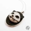 sautoir pendentif tête de chat crâne relief médaillon argenté bijou halloween