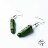 Boucles d'oreilles zombie doigts verts coupés en sang bijoux halloween