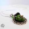collier sautoir zombie mort vivant vert béret
