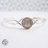 bracelet délicat femme dessin tête de chat géométrique blanc métal argenté