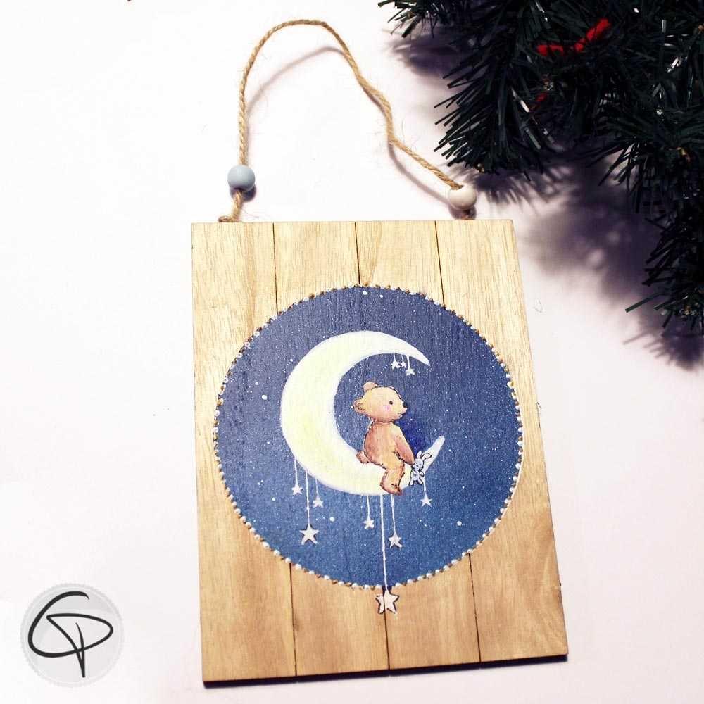 Plaque en bois personnalisé ourson assis sur la Lune décoration murale