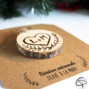 Coeur gravé initiales suspension en bois sapin Noël personnalisé