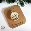 decoration sapin noel coeur amoureux initiales gravés rondin de bois