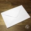 Enveloppe blanche pour carte de voeux faite main