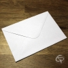 enveloppe blanche rectangulaire