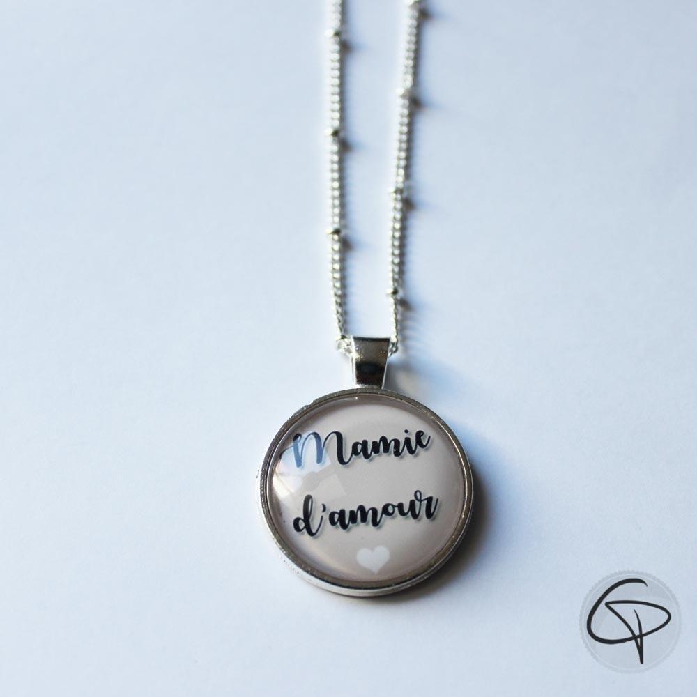 Collier mamie d'amour pendentif rond cadeau original fête des grands-mères