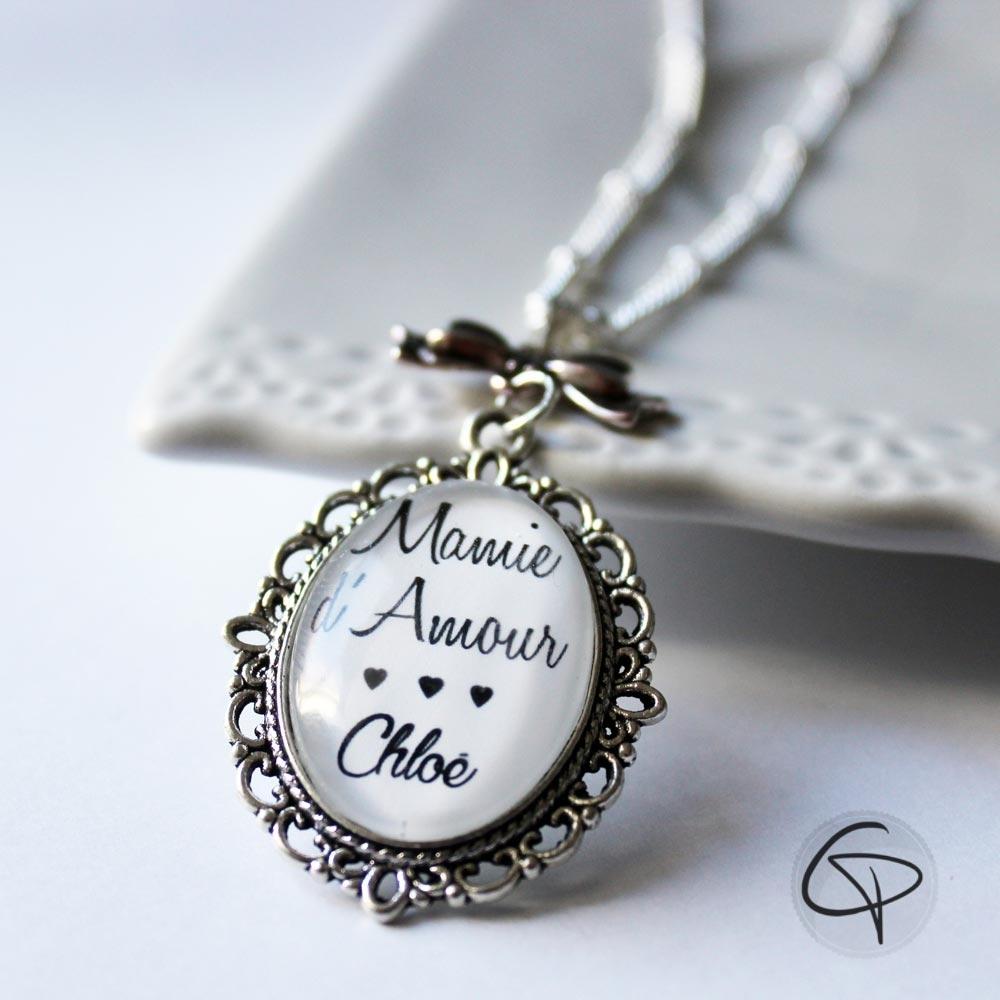 Sautoir mamie d'amour pendentif personnalisable prénom petit-enfant cadeau original grand-mère