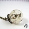 collier bronze pendentif pissenlit dans globe en verre