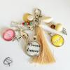 bijou de sac maman personnalisé deux médaillons prénoms pompon flamant