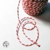 ficelle blanche et rouge