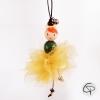 décoration de Noël à suspendre belle ballerine au jupon doré